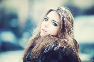 blonde-cold-eyes-girl-photography-Favim_com-163670