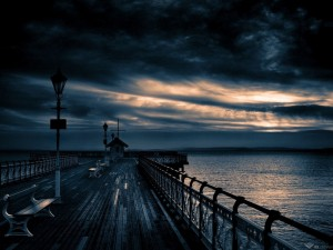 Black_Pier_at_Night_Wallpaper_j2u1